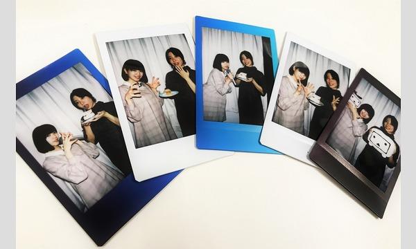 【10月度第2弾】『ナルべく、マキで!』成海瑠奈さんと八巻アンナさんのサイン入チェキプレゼント! イベント画像1